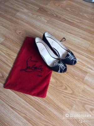 Christian Louboutin туфли с открытым мыском 37 размер