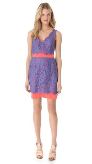Шикарное платье от Madison Marcus из натурального шелка и кружева р.46