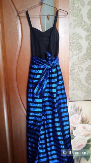 Роскошное вечернее платье в пол 40-42 размер.