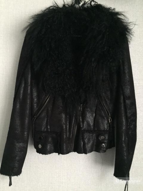 Эффектная куртка-косуха с мехом ламы
