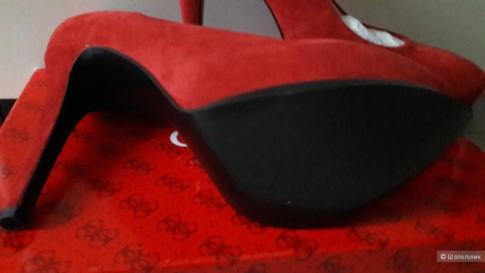 Guess: красные классические туфли 8.5