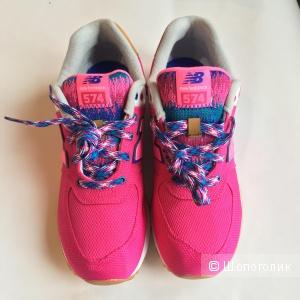 Яркие женские кроссовки New balance, оригинал с yoox