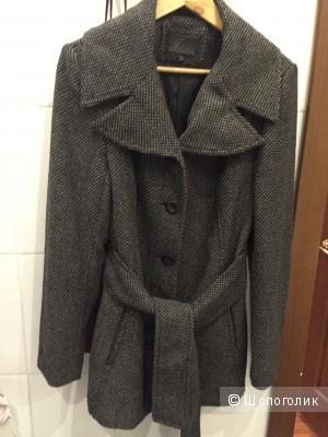 Демисезонное пальто, производство Турция! Размер М ( на 44 - 46 российский)