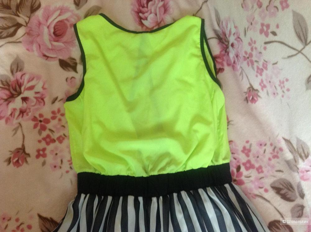 Новое летнее платье Ertu, Турция, размер 42 европейский.