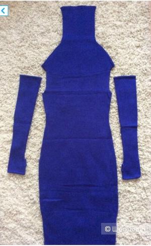 Шерстяное Платье Apart. На 42 размер.