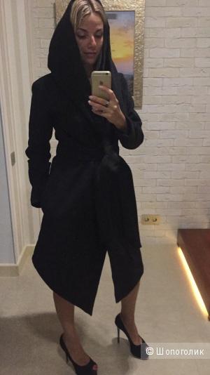 Чёрное пальто Look at me