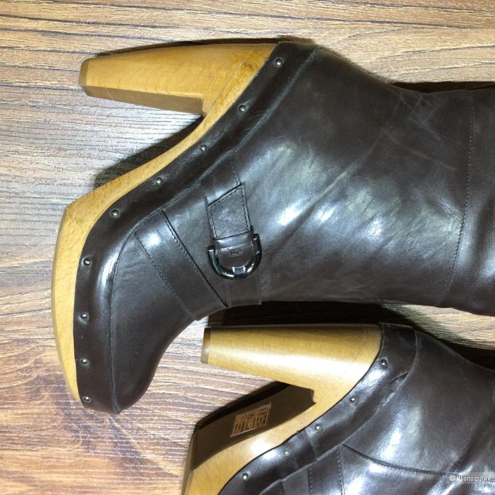 LOLA CRUZ красивые кожаные сапоги р.38 Новые