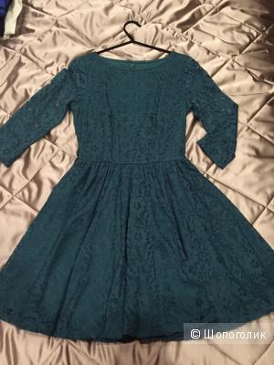Кружевное платье Zolla