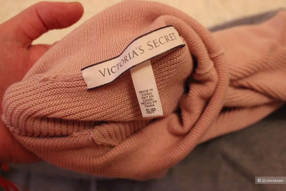Свитер-водолазка  Victoria's Secret оригинал, размер S,новый