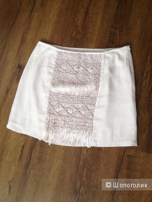 Красивая юбка  размера М 500 руб.