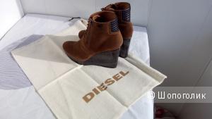 """Ботильоны """"Diesel"""" оригинал 38р-р Замша,кожа.Эффект потёртости.В прекрасном состоянии."""