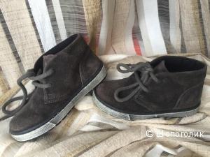 Детские новые ботиночки из замши DOCKSTEPS 24 размер.