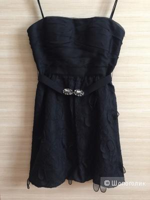 Маленькое черное платье BCBG Max Azria размер S