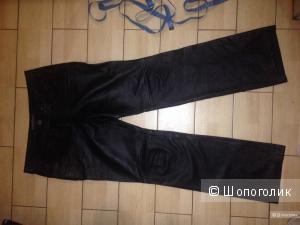 кожаные брюки 10 US в состоянии новых
