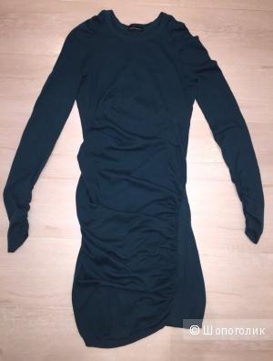 Платье VS зеленое размер xs