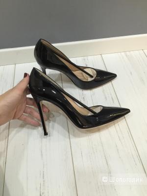 Туфли лодочки черные Gianvito Rossi 39 размер
