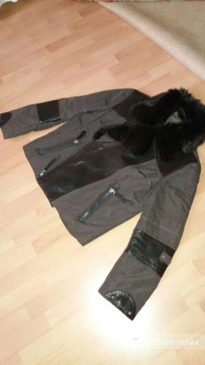 Мужская Куртка Un punto di размер 50 с натуральным мехом