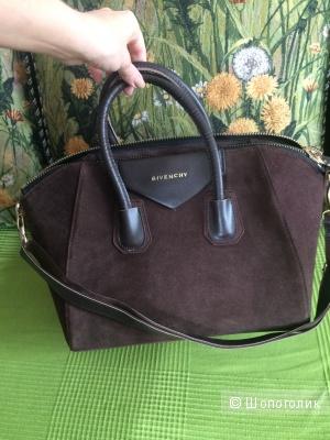 Продам сумку копию lux Givenchy