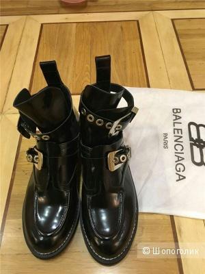 Ультра модные ботинки Balenciaga (стелька 25,5 см)