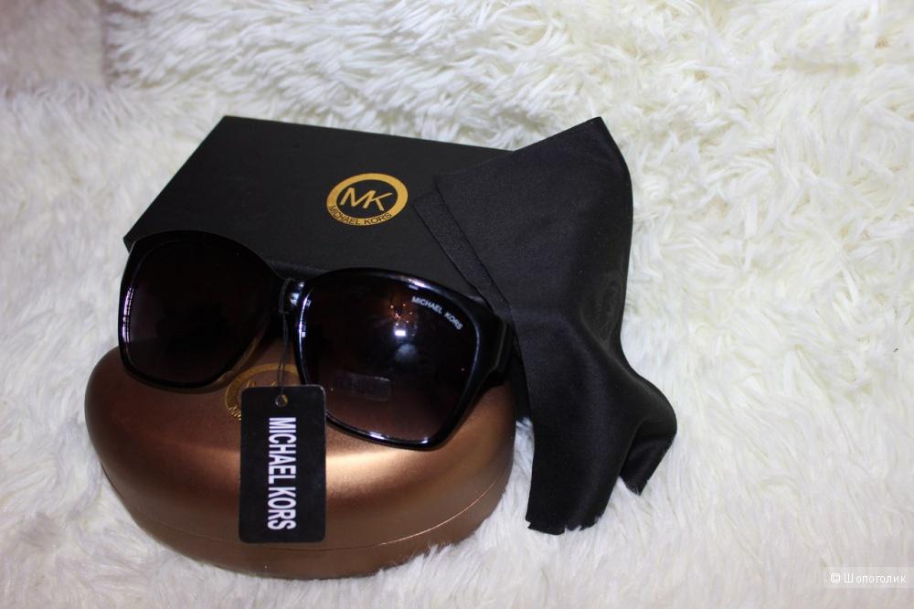 Женские солнцезащитные очки Michael Kors реплика,новые