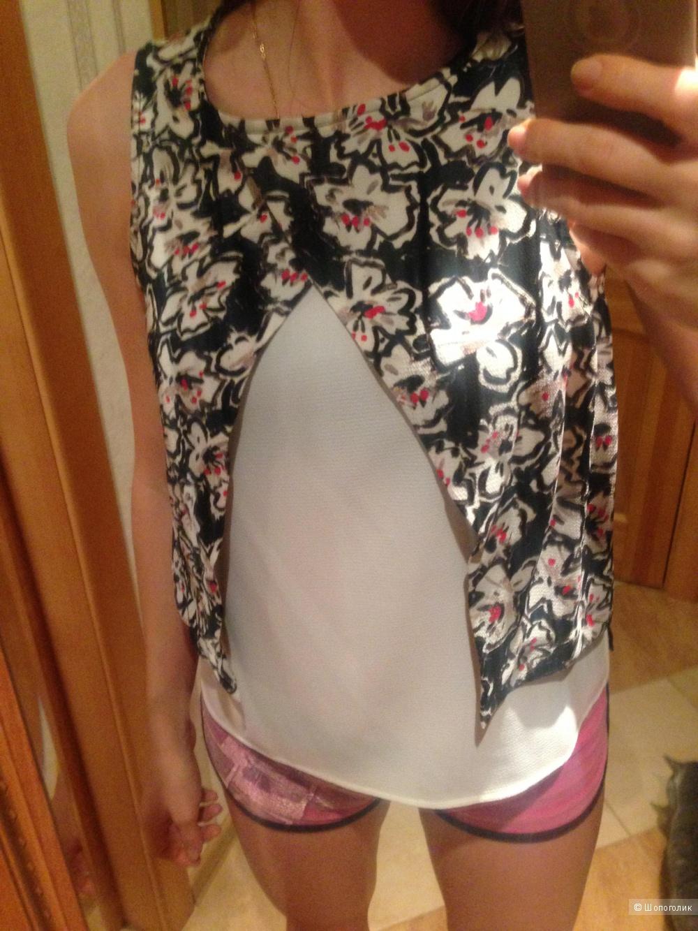 Блузка новая Motivi
