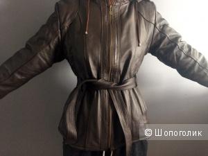 Женская зимняя кожаная куртка на меху, размер L-XL (реально 44-46)