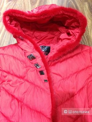Красивейшая зимняя куртка с отделкой норкой р.48 Новая