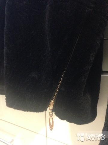Продам стильную куртку-шубку на 50-52 размер.