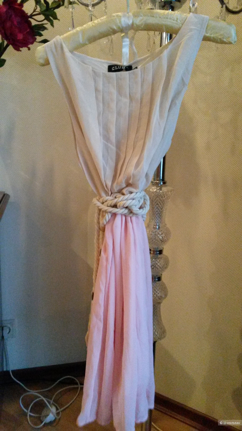 Платье с поясом веревкой