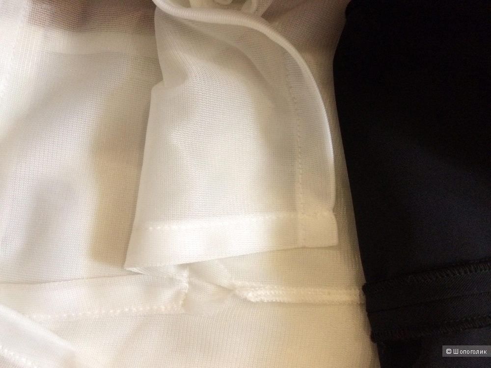 Платье Pianurastudio, новое, 44 размер.