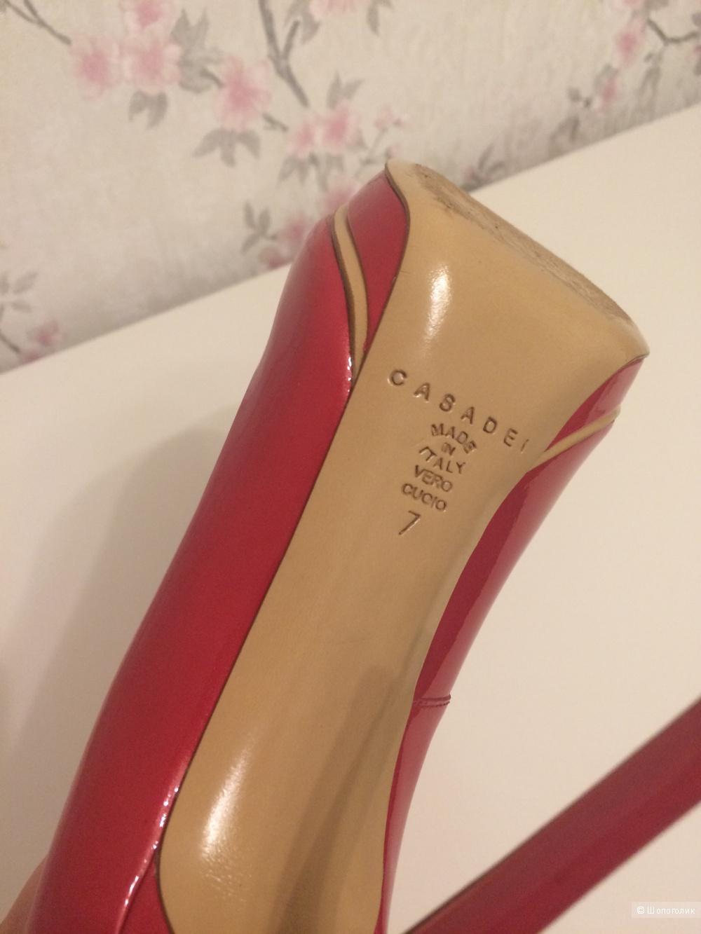 Туфли Casadei новые лаковые красные, размер 37