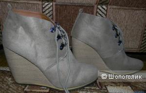Ботиночки на горке Сharlotte Russe р.41- 42