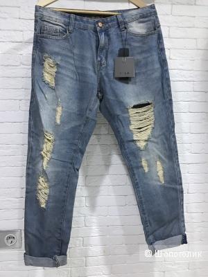 Светлые тертые джинсы бойфренды Vila