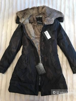 Пальто-куртка милитари.