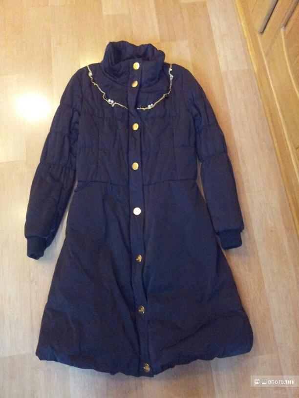 Утепленное пальто LOVE MOSCHINO 40IT новое