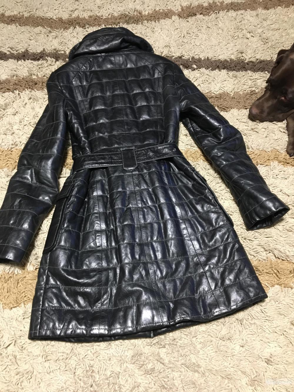 Продается стеганое кожаное пальто р.44