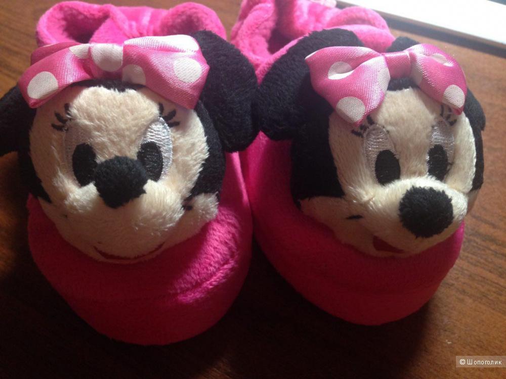 Продам тапочки на девочку Disney (стелька 15 см)