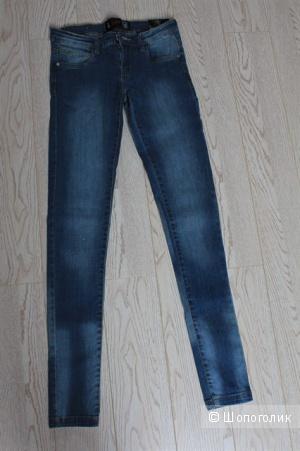 Новые джинсы Clillin. Размер s(36)