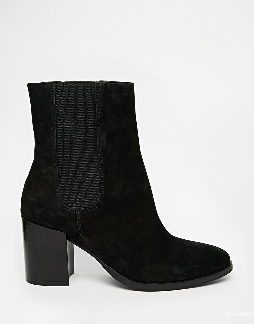 Продам новые ботинки Асос