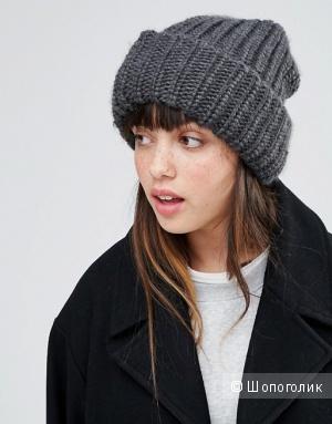 Модная шапка-бини с вязкой «в косичку» Monki