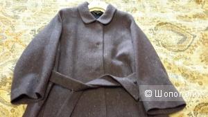 Пальто  Victoria A 1 линия, подиумое размер 46 новое