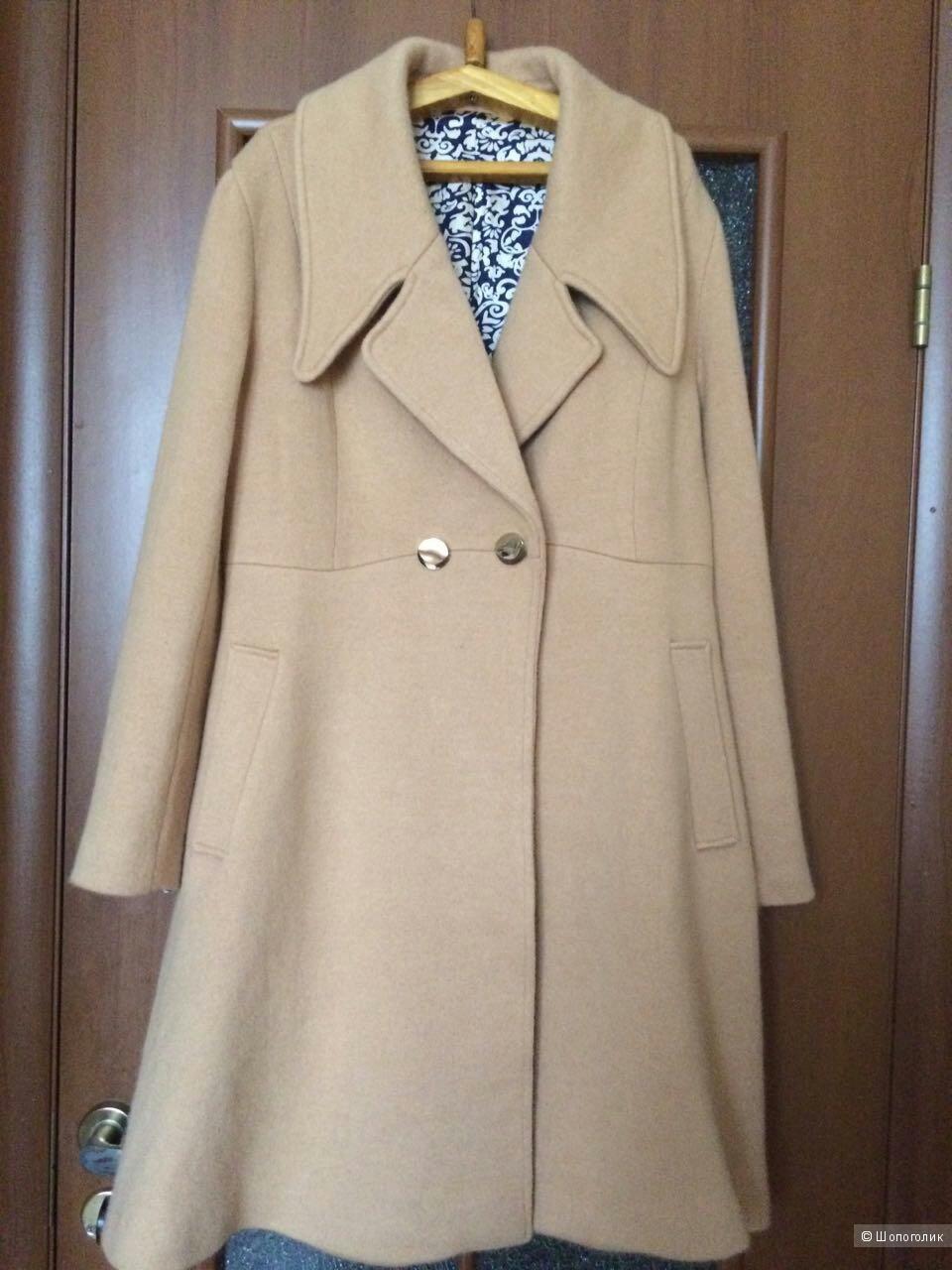 Шикарное пальто из вязки Noname
