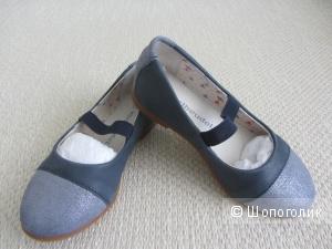 Новые туфли Verbaudet натуральная  кожа, р.27