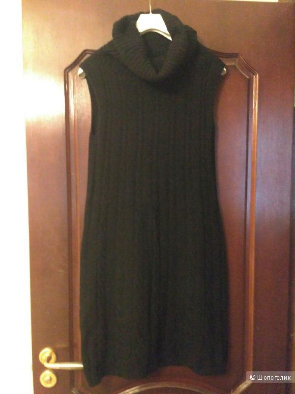 Теплое платье Benetton