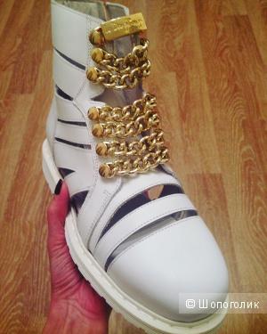 Кожаные женские ботинки LE DANGEROUGE