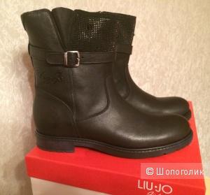 Новые высокие ботинки LIU-JO 38p.