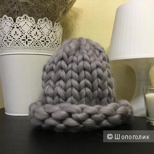 Новая шапка из Толстой пряжи 100% меринос