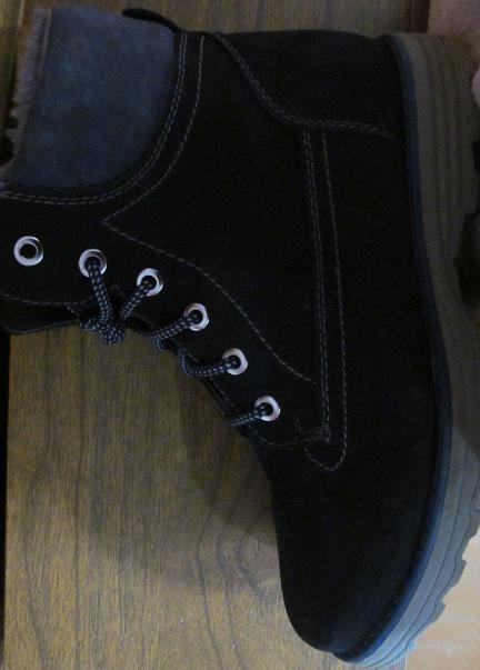 Ботиночки женские нубук (зимние), новые