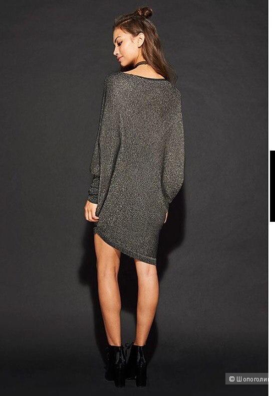 Красивое платье летучая мышь фирмы Tezenis