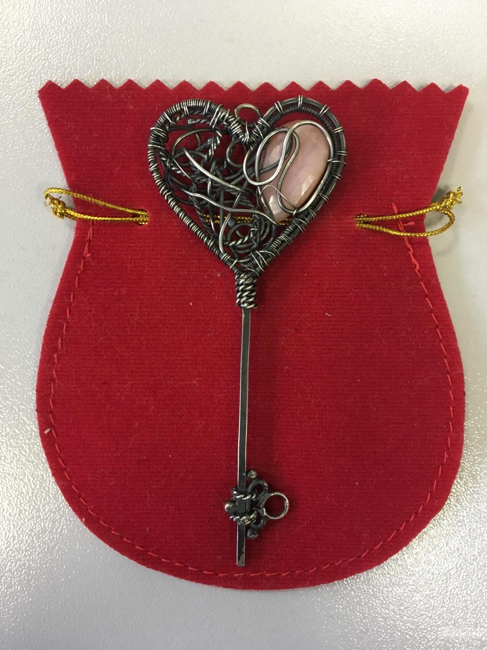 Авторский кулон ручной работы из серебра с розовым опалом